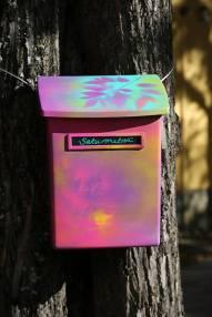 satumetsa_postilaatikko